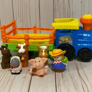 🎉Priced To Sell🎉L.P. Farmer Set with Figures
